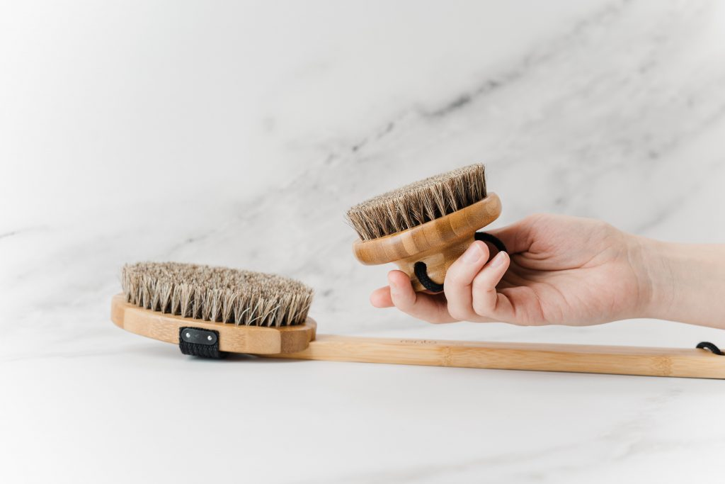 Everything you need to know about Dry Brushing