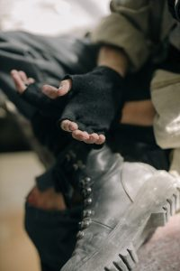 Read more about the article Accessory Guide: Top Fingerless Gloves