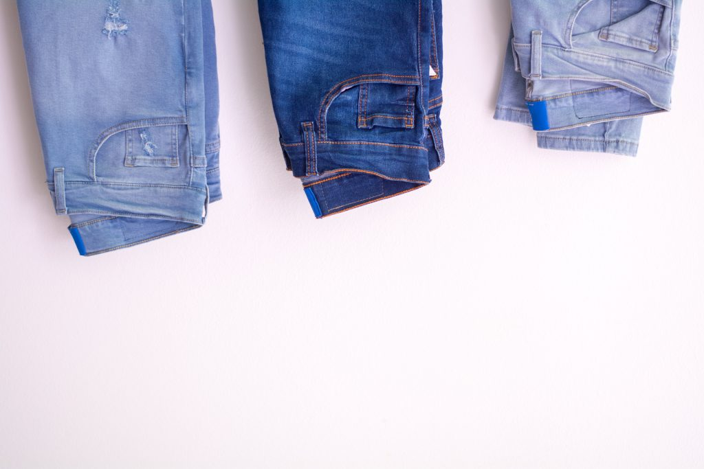 all you need to know about grunge jeans